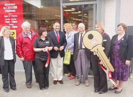 Jack Lopresti MP opens Patchway Post Office.
