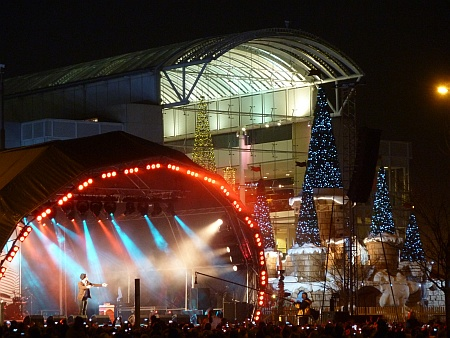Olly Murs at The Mall, Cribbs Causeway, Bristol