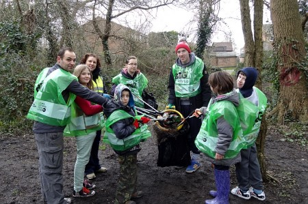 Dreamscheme litter pick in Patchway.